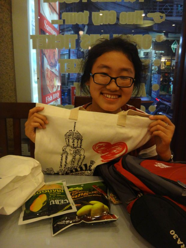 With my Hanoi kid, Lana! Brought her some goodies from Manila! ;)