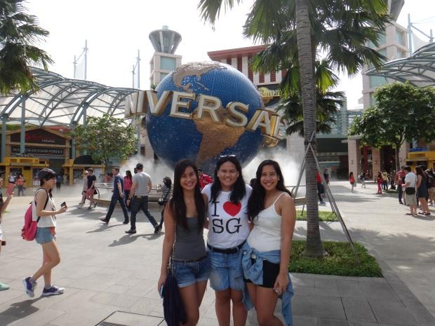 Mandatory Universal Studios Globe Shot