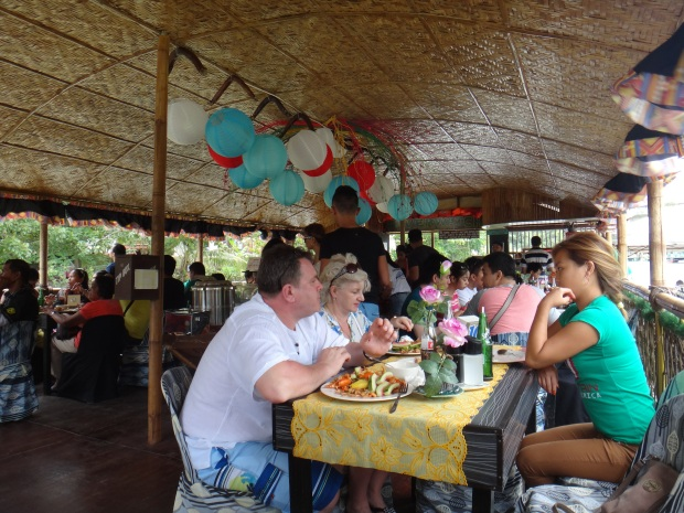 Lunch at Loboc River