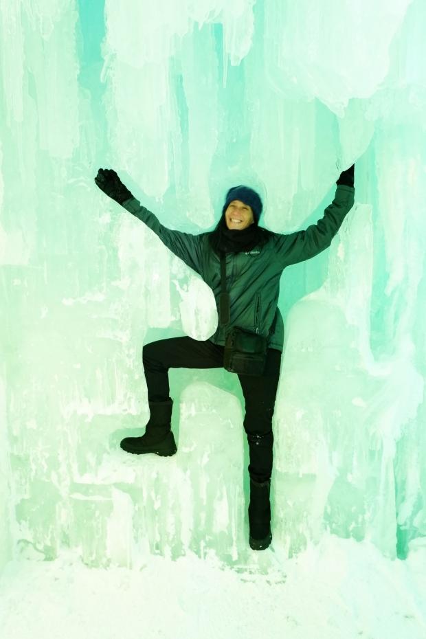 Stunning Hokkaido Best of Winter Niseko Sapporo Sounkyo Biei Lake Shikotsu (44)