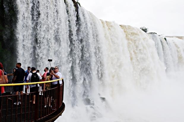 #travelwithbigsky hanoi brazil batanes (2)